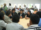 COEに参加した生産者の方達とのミーティング。